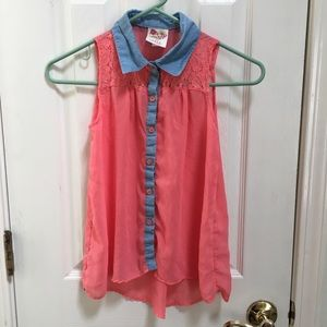 Other - Sleeveless button front hi-lo top
